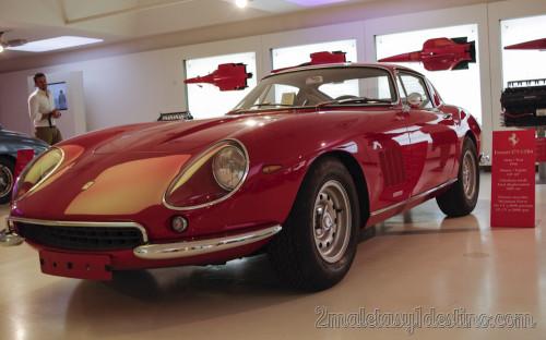 Ferrari 275 GTB4 en Museo Ferrari