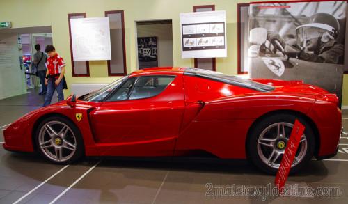 Ferrari Enzo en el Museo Ferrari