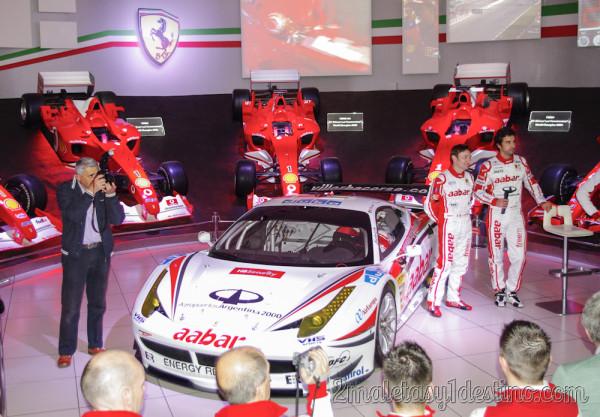 Presentación equipo Ferrari 458 GT2