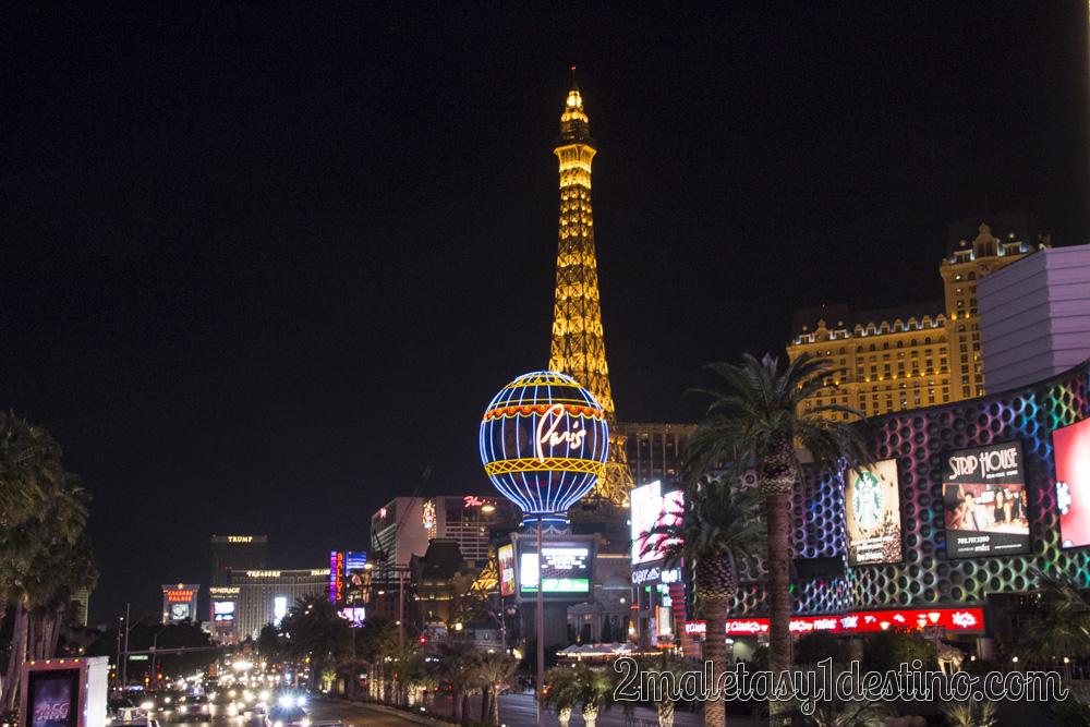 Asi Es Las Vegas La Ciudad Que Nunca Duerme: Autobús Turístico Nocturno En Las Vegas Con Guía Por