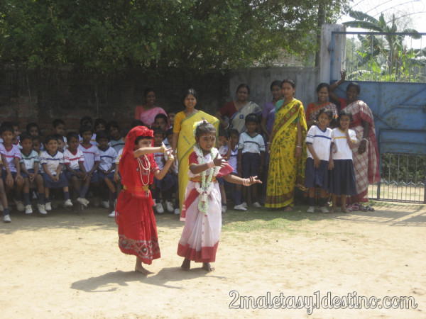 Representación bailes tradicionales indios