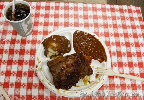 Comida en Hulapai Ranch