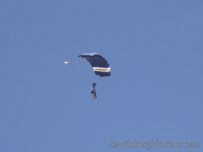 Eguino paracaídas