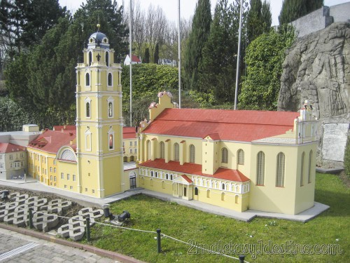 Iglesia San Juán Bautista en Vilnius (Lituania) Mini-Europe