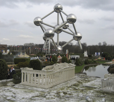 Partenón y Atomium - Mini Europe