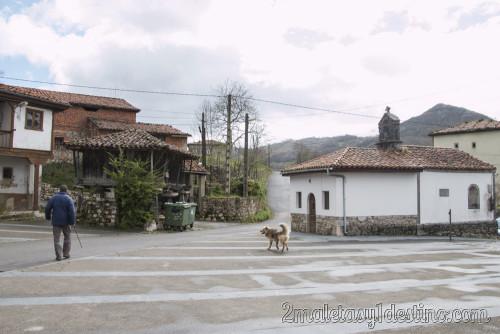 Plaza de Sirviella con la panera