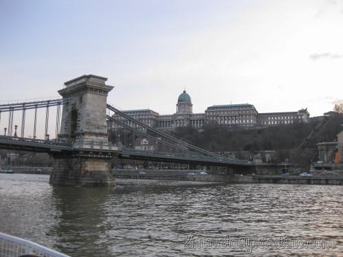 Castillo Real y Puente de las Cadenas