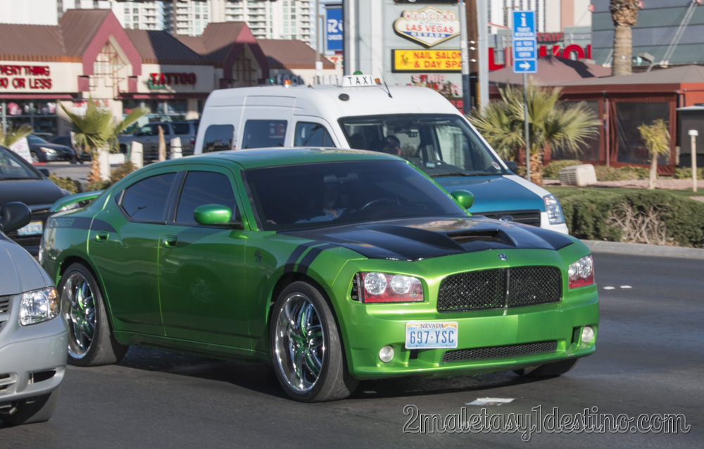 Dodge Charger R T 2 Maletas Y 1 Destino
