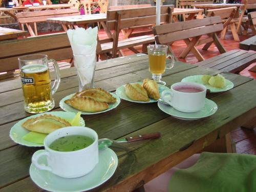 Kibinai y sopa Sriuba