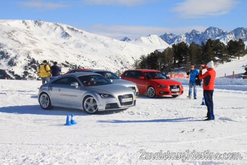Audi TT y Audi A3 rojo