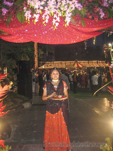 Maestra de ceremonias india