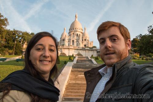 Vanina y Eguino en Sacré-Coeur (Montmartre) al amanecer