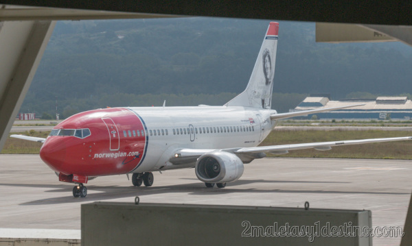 Boeing 737-36N (LN-KKL) Air Norwegian