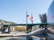 Guggenheim - Arcos rojos de Daniel Buren