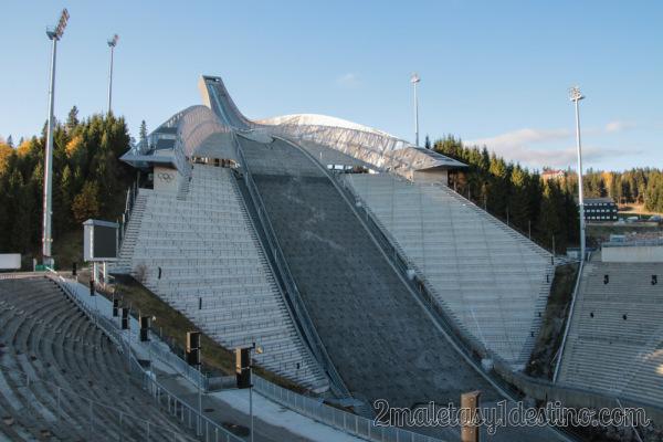 Pista de saltos de esquí de Holmenkollen en Oslo
