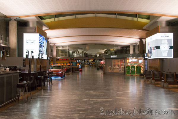 Tiendas cerradas en el Aeropuerto de Oslo