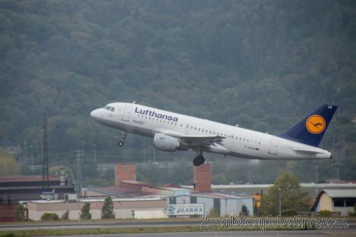 Airbus A319-114 (D-AILM) Lufthansa despegando