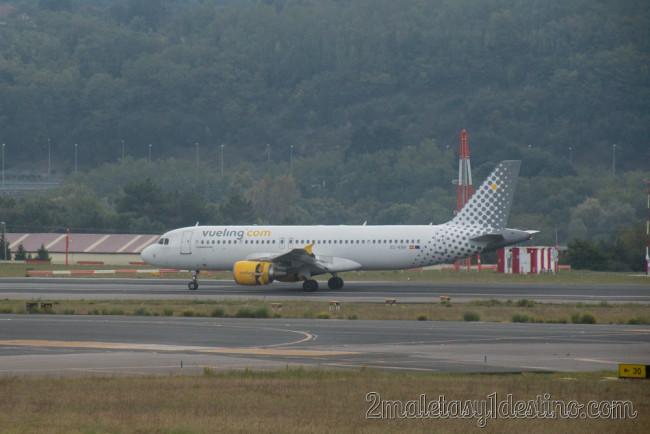 Airbus A320-214 (EC-KRH) Vueling Airlines