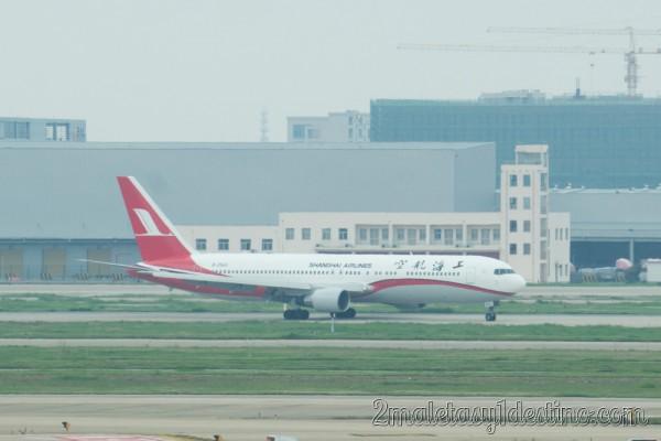 Boeing 767-36D(ER) (B-2566) Shanghai Airlines