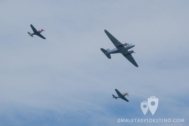 Douglas DC-3, P-51 Mustang y P-40 Warhawk