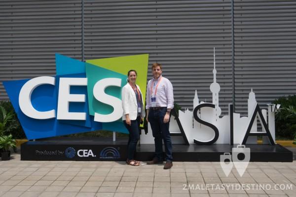 Vanina y Eguino CES Asia 2015