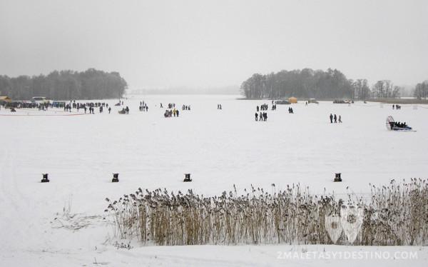 Paseando por el lago nevado Galve
