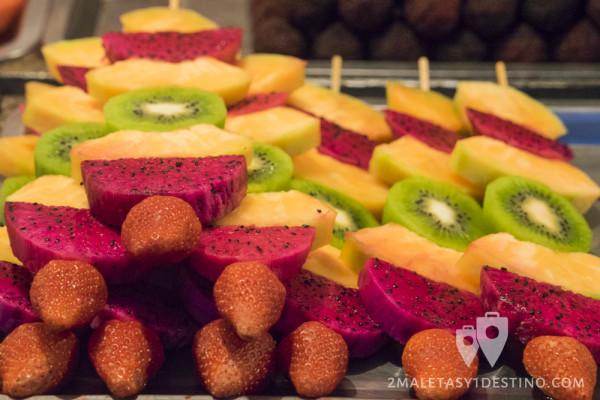 Pinchos morunos de fruta