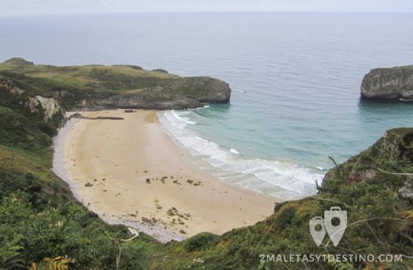 Playa de Ballota desde el mirador de La Boriza (Cue - Llanes - Asturias)