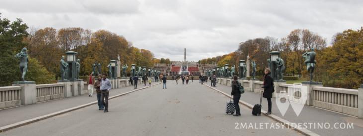 Puente de las estatuas de Vigeland