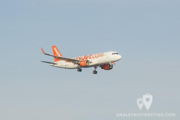 Airbus A320-214(WL) (G-EZOI) easyJet