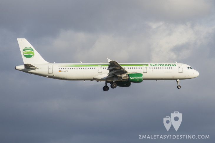 Airbus A321-211 8D-ASTV) Germania