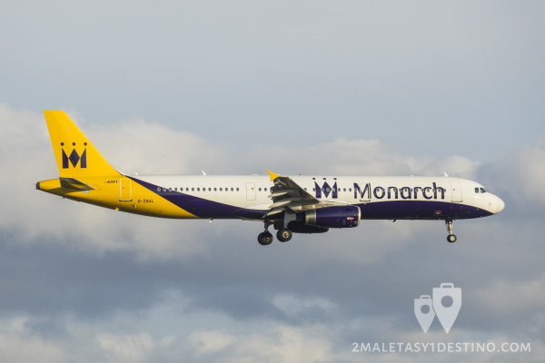 Airbus A321-231 (G-ZBAL) Monarch Airlines
