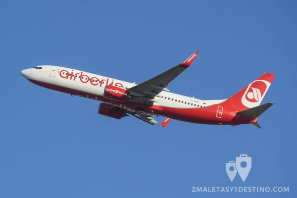 Boeing 737-800 (D-ABML) Air Berlin