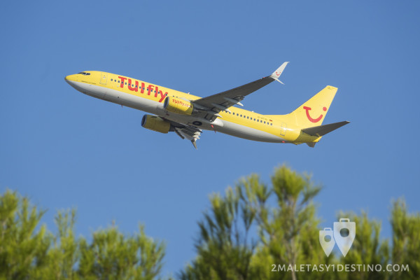 Boeing 737-800 (D-ATUL) TUIfly