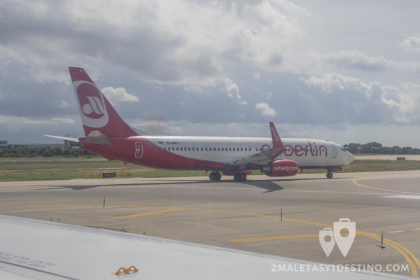 Boeing 737-86J(WL) (D-ABKJ) Air Berlin