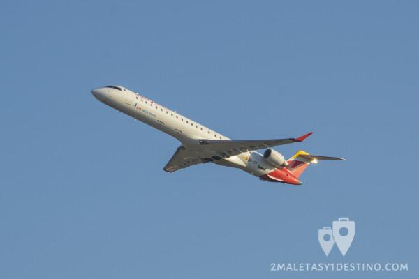 Canadair CRJ-900 (EC-JZT) Air Nostrum