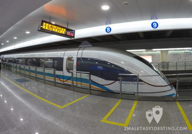 Tren Maglev de levitación magnética en Shanghai