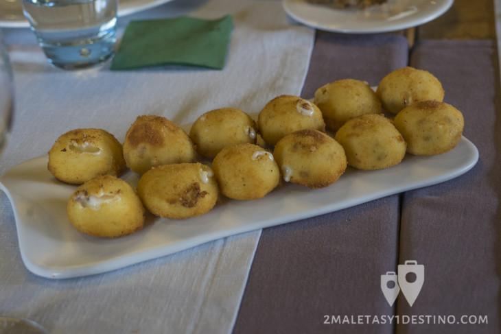 Croqueta de bechamel con jamón by Regueiro