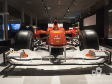 Frontal del Ferrari F10