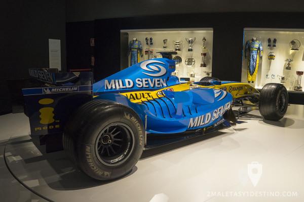Lateral (branquias) del Renault R25