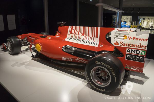 Lateral del Ferrari F10