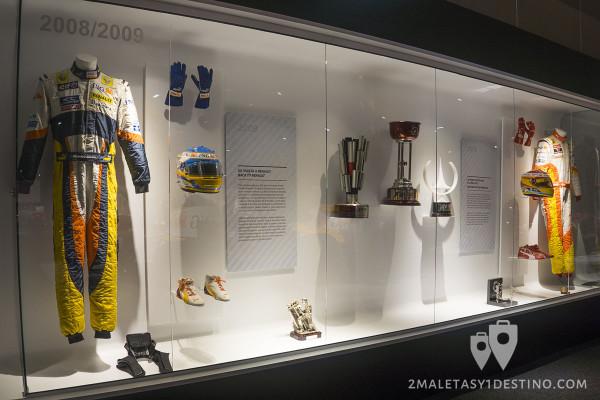 Monos de Fernando Alonso Renault 2008 2009