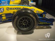 Parte delantera del Renault R24B