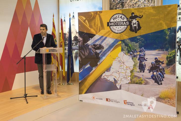 Santi Ayala presentando Rutas Moteras del Bajo Aragón