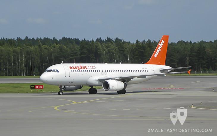 Airbus A320-200 (G-TTOG) easyJet