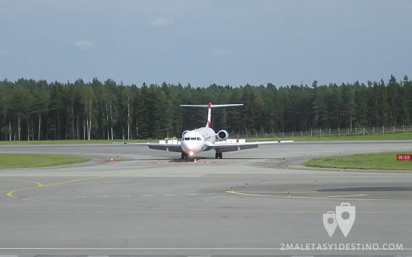 Fokker F100 (OE-LVK) Austrian Arrows flaps y slats