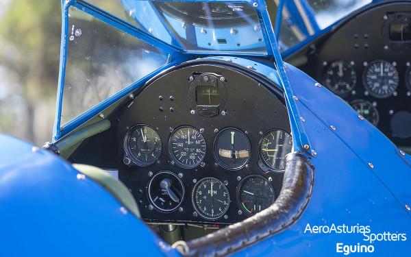 Cuadro de mandos Boeing Stearman 75 Kaydet (1933)
