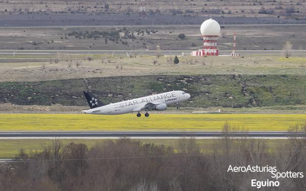 Airbus A320-211 (D-AIPC) Lufthansa