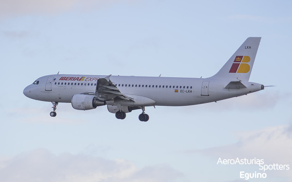 Airbus A320-214 (EC-LKH) Iberia Express