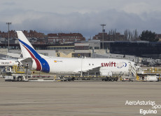 Boeing 737-476(SF) (EC-MFE) Swiftair